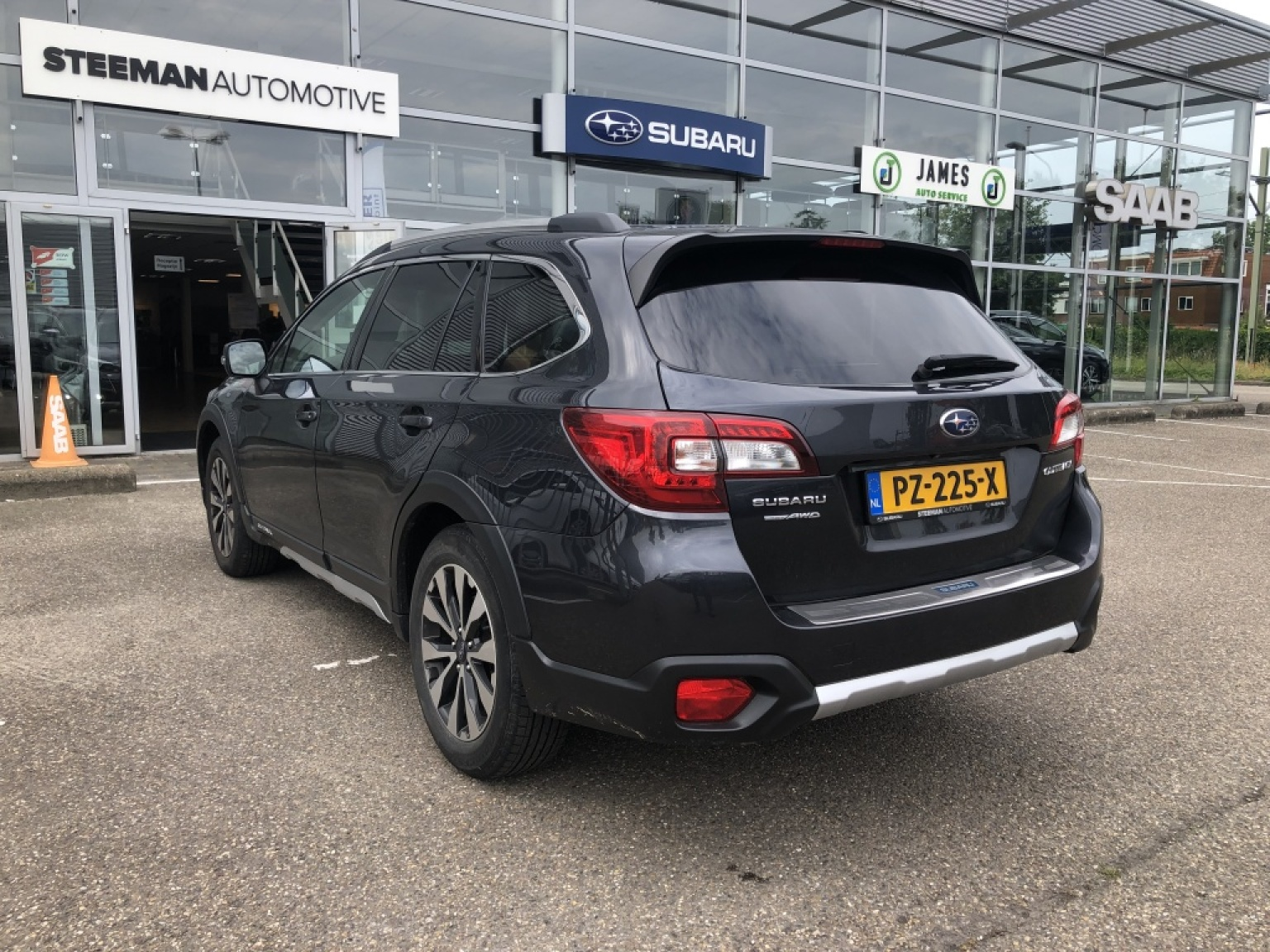 Subaru-Outback-5